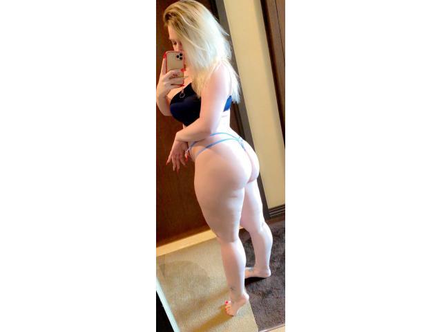 Mistress_torri